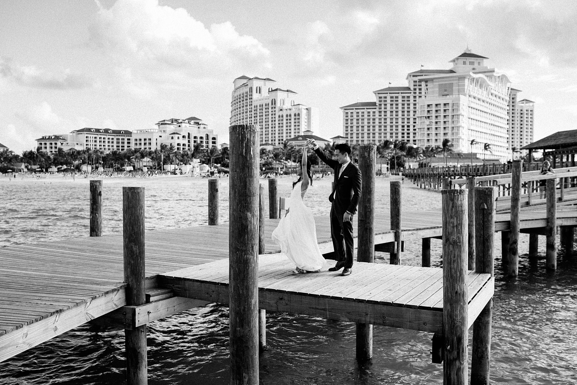 natural weddding photographer bahamas lux 0087 1