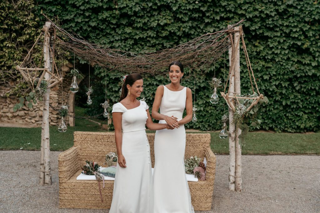 natural wedding photo elegant ana y elena girona 0032