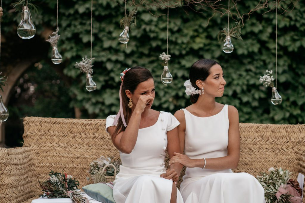 natural wedding photo elegant ana y elena girona 0033