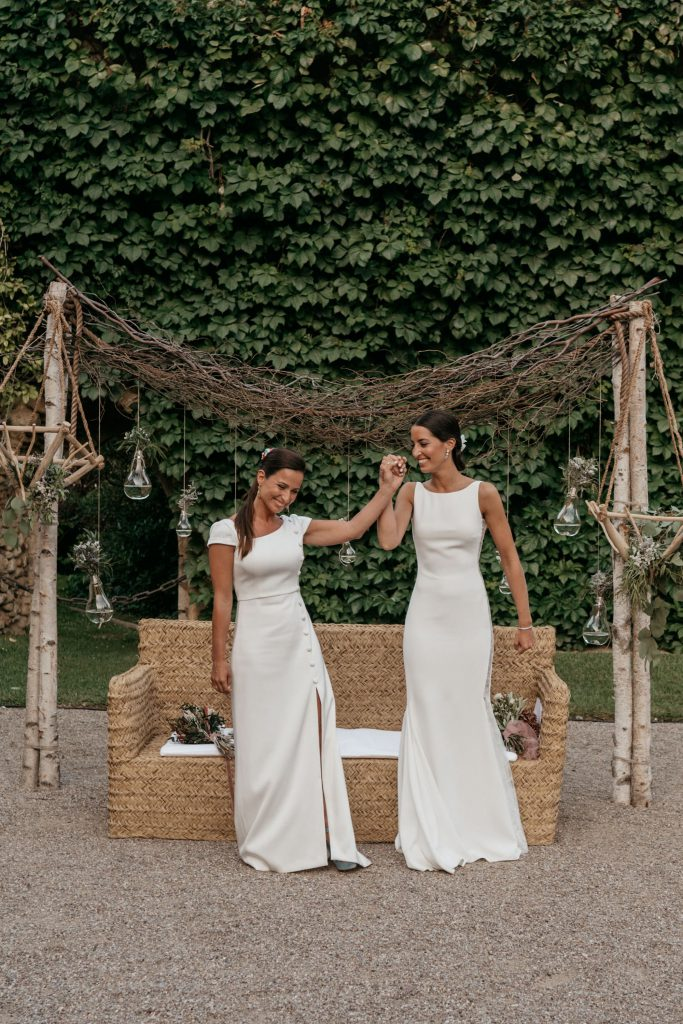 natural wedding photo elegant ana y elena girona 0036
