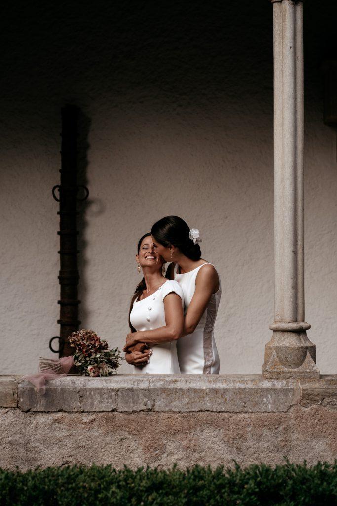 natural wedding photo elegant ana y elena girona 0045