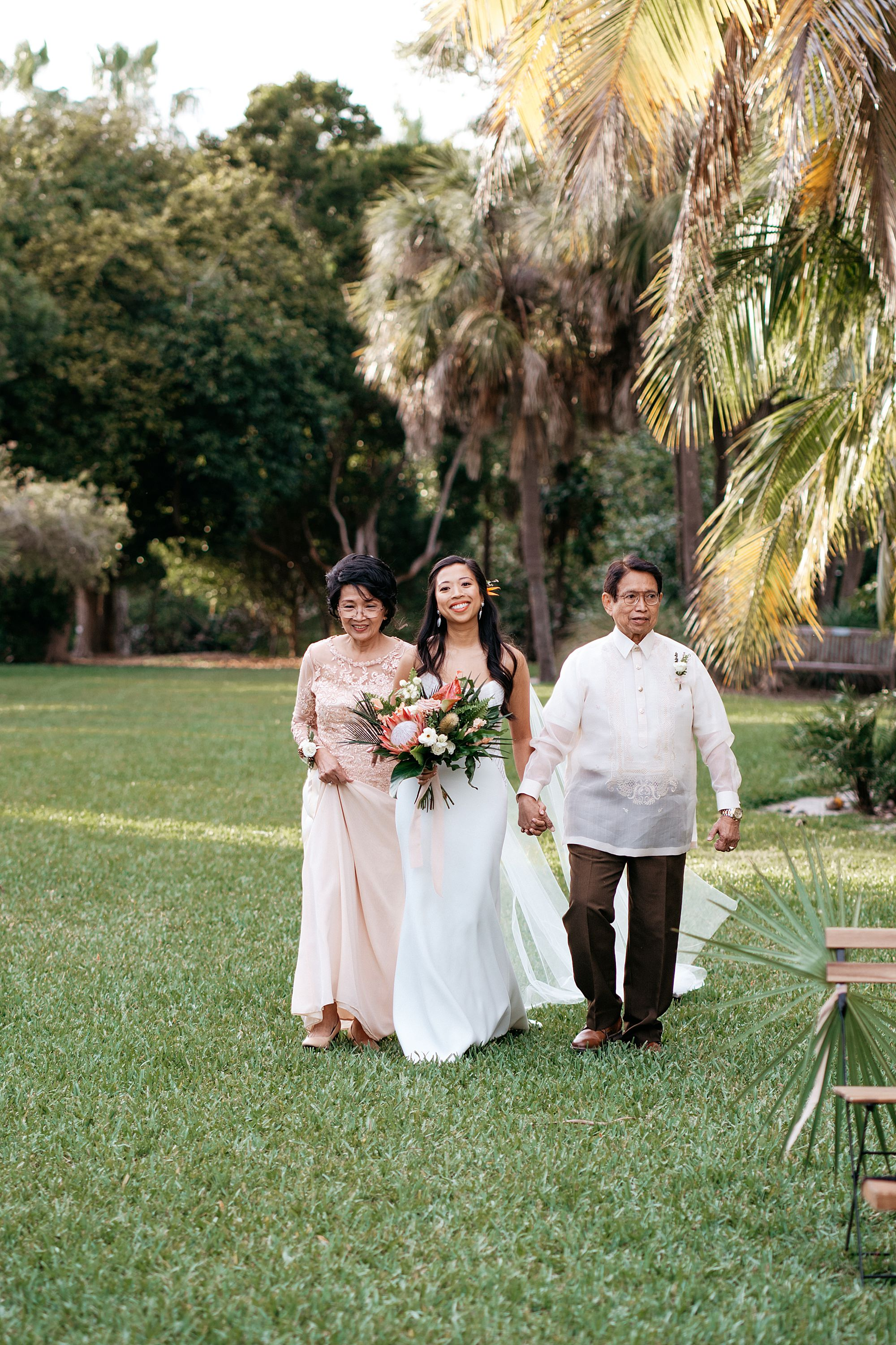 natural wedding photography miami the kampong 0450 1